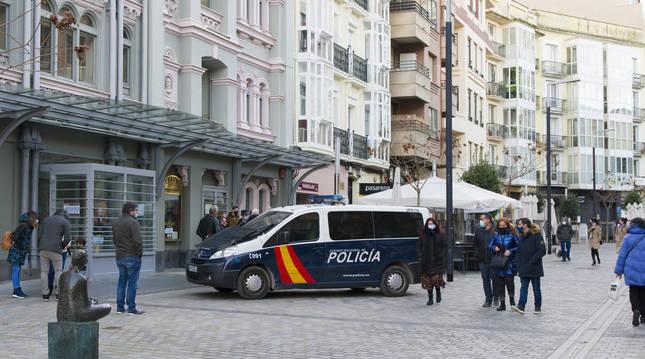La Rioja cierra la hostelería y el comercio no esencial y confina todos los municipios