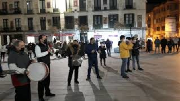 Vídeo de las protestas de hosteleros riberos por las medidas anunciadas