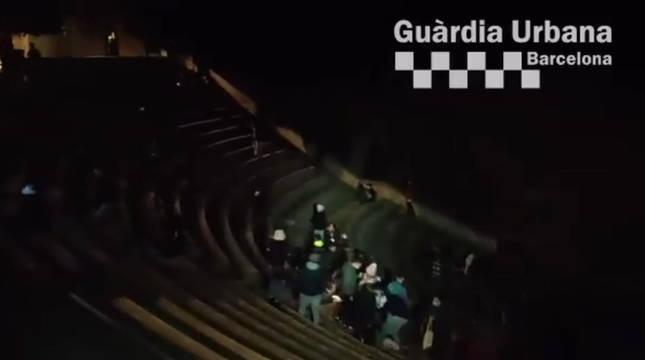 Denunciadas 140 personas en una fiesta en el teatro Grec de Barcelona