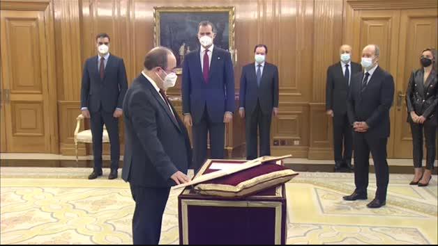 Iceta y Darías prometen sus cargos como nuevos ministros