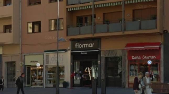 A la izquierda, tienda de Pili Carrera en Carlos III.