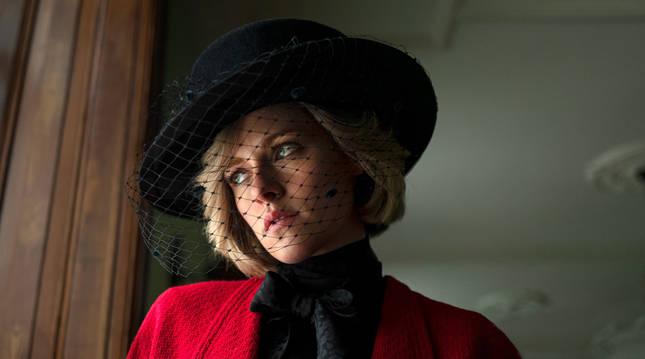 Kristen Stewart caracterizada como Lady Di para la película 'Spencer'