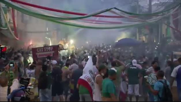 Fiesta sin control en Sao Paulo