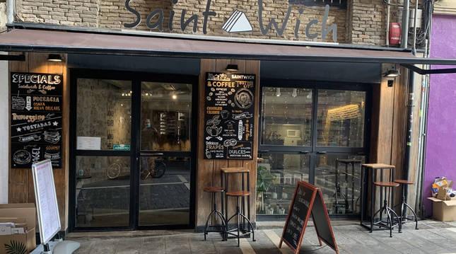 Exterior de la cafetería Kea & Coffee, en la calle Comedias de Pamplona.