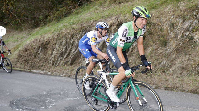 Foto de Julen Amézqueta en la edición anterior de la Vuelta a España.