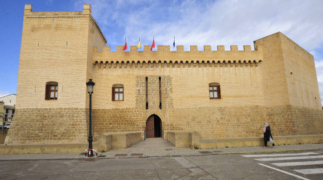 El castillo de Marcilla, sede del ayuntamiento, conmemora este año su VI centenario.