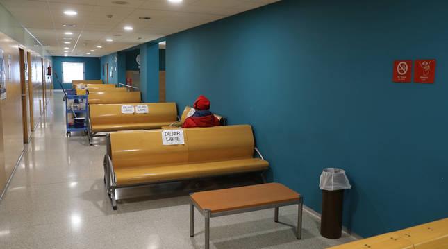 Interior del centro de salud de la Txantrea (Pamplona).