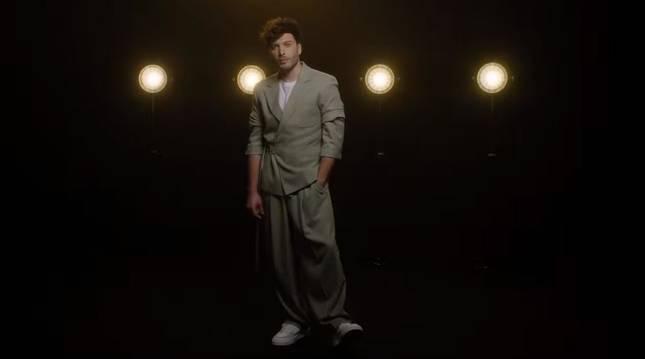 Blas Cantó, en una imagen del Lyric Video Oficial de 'Memoria'.