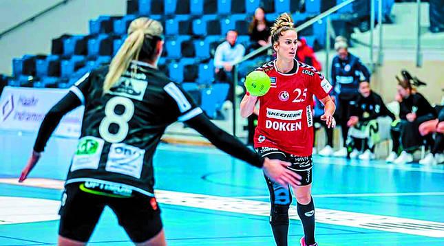 La pamplonesa Nerea Pena llegó el pasado noviembre al Esbjerg, equipo que juega 'Champions'.