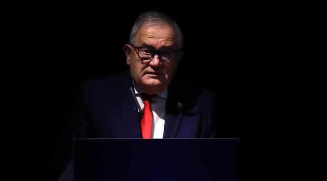 Luis Sabalza, en la última asamblea celebrada el 31 de diciembre en el Navarra Arena.