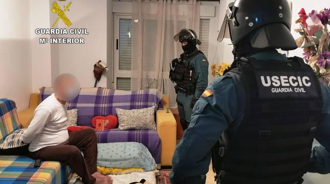 Presuntos integrantes de dos grupos que vendían droga a domicilio en Oropesa del Mar.