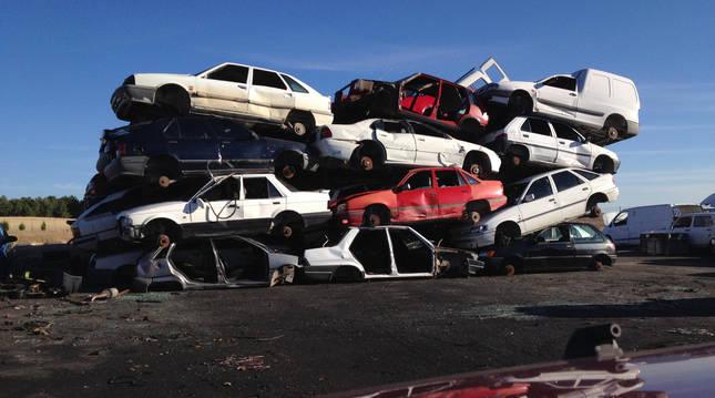 Un cementerio de coches.