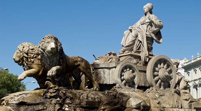 La estatua dedicada a la diosa Cibeles en Madrid, epicentro de las celebraciones de los títulos del club blanco.