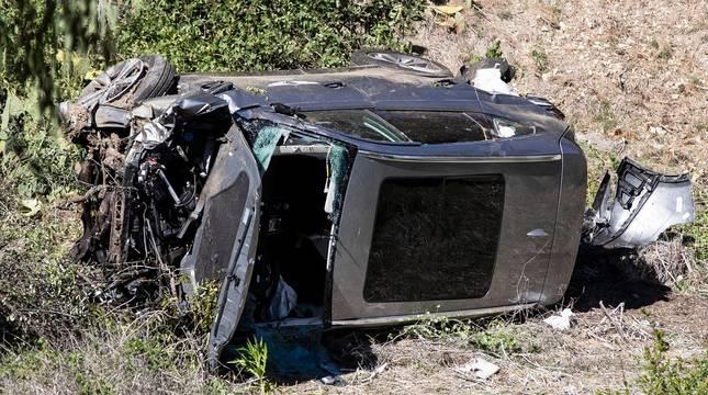 Estado en el que quedó el coche de Tiger Woods tras el accidente.