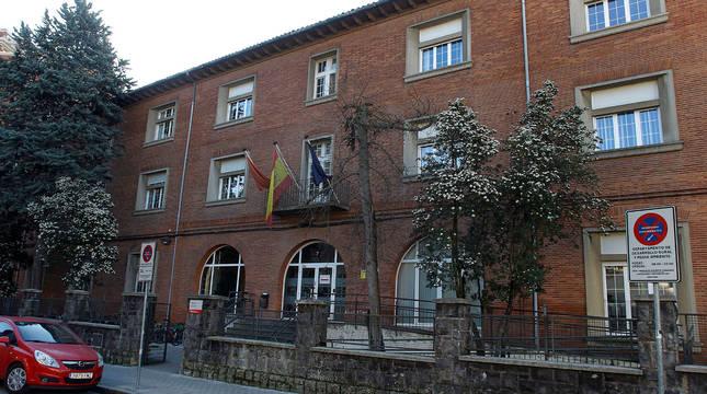 Sede del departamento de Derechos Sociales, en la calle González Tablas de Pamplona.