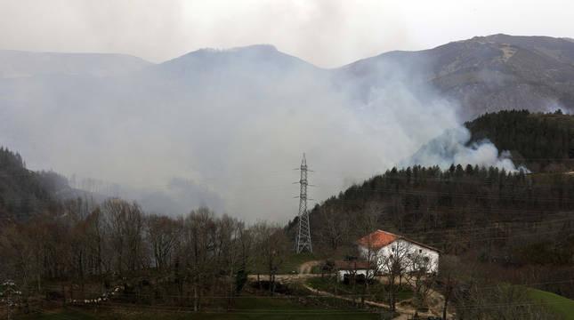 El incendio de Bera y Lesaka devoró 900 hectáreas en suelo navarro