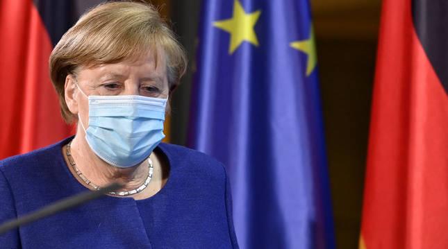 La canciller alemana, Angela Merkel, en la rueda de prensa tras la cumbre virtual de líderes de la UE