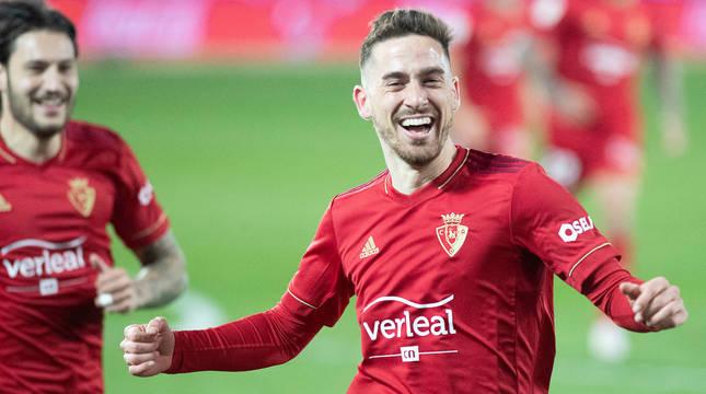 Kike Barja celebró con efusividad su estreno goleador en Primera, que además supuso el triunfo por 0-1 frente al Alavés.