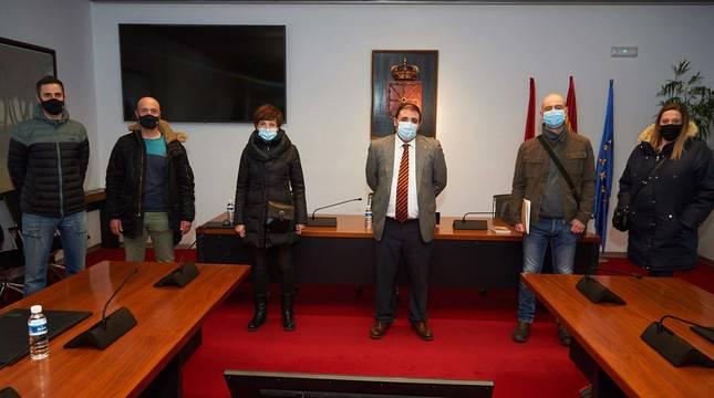 El Presidente del parlamento de Navarra, Unai Hualde, se ha reunido con el Comité de Huelga de Benecke-Kaliko