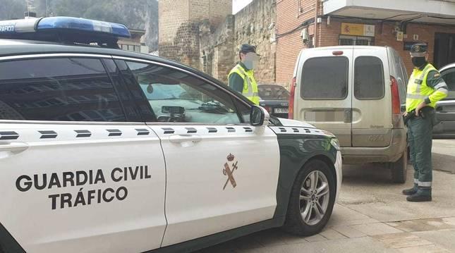 La Guardia Civil ha detenido a dos personas por el atraco a la estación de servicio de Zudaire