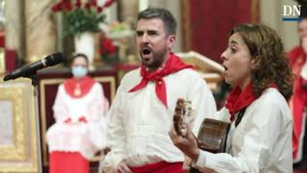 Jota en la misa del tercer peldaño de la Escalera de San Fermín