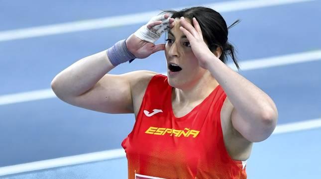 Belén Toimil, tras lanzar el peso a 18,64 metros.