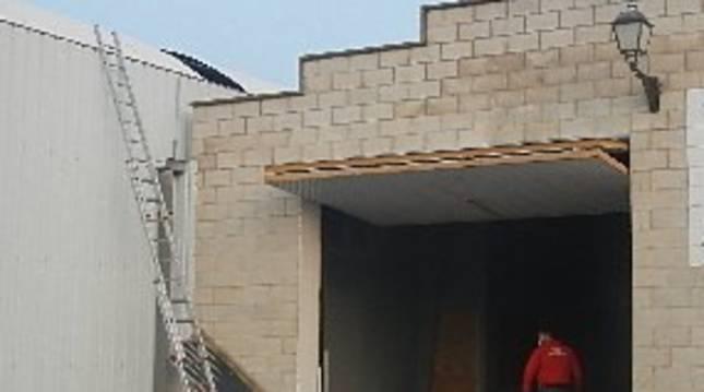 Herido grave un trabajador en un accidente laboral en Cárcar