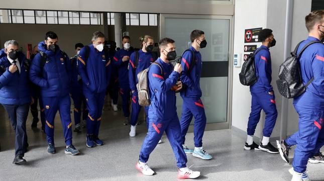 Los jugadores del Barcelona ya están en Pamplona.