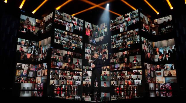 El actor Antonio Banderas ha presentado junto a María Casado la gala de de los Premios Goya 2021