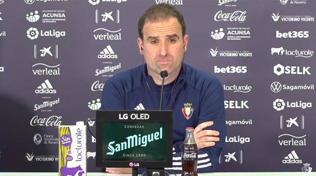 Foto de Jagoba Arrasate, entrenador de Osasuna, en la rueda de prensa previa al partido de Liga ante el Valladolid en El Sadar.