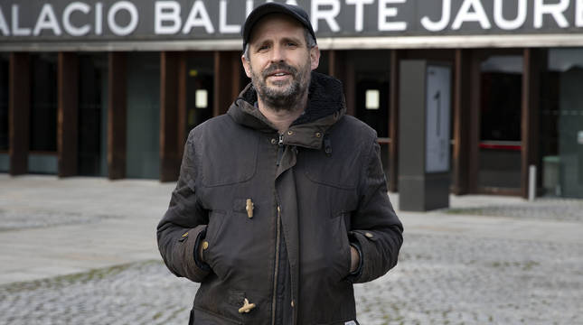 Oier Etxeberria, director de 'Un guion para Laburu'