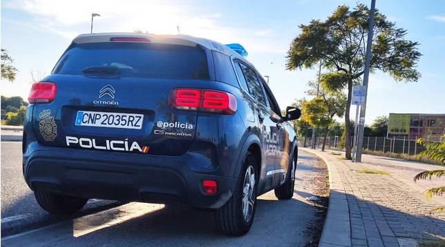 Imagen de un coche patrulla de la Policía Nacional.