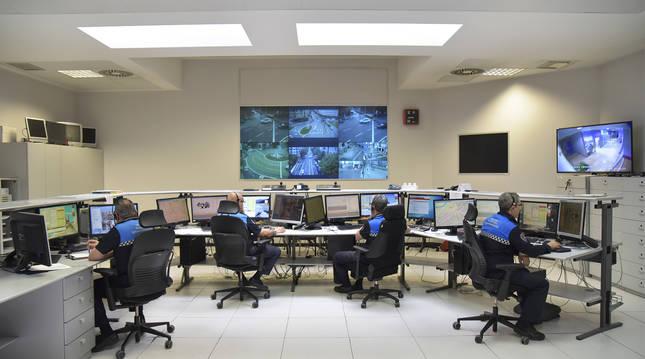 Puesto de control de la Policía Municipal de Pamplona-