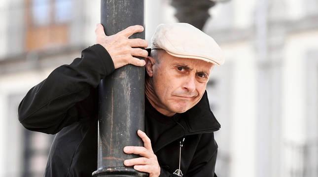 El actor Pepe Viyuela en la plaza Mayor de Segovia
