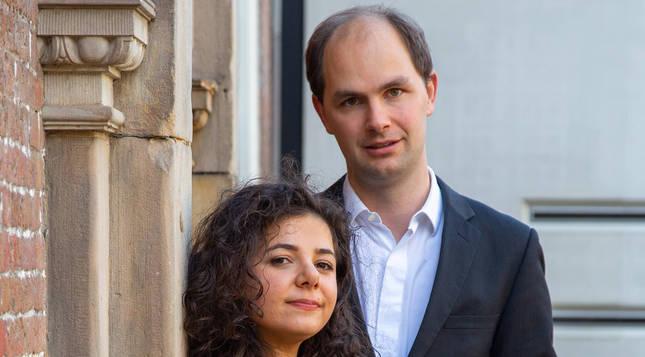 La violinista Meri Khojayan y el pianista Robert Poortinga.