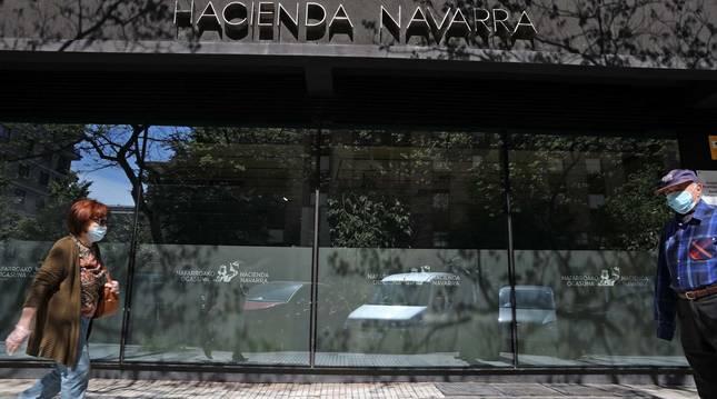 Oficina de Hacienda de la calle Esquíroz (Pamplona).