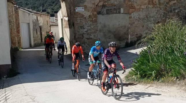 El Gran Premio Miguel Induráin ya se disputa en las calles de Estella.