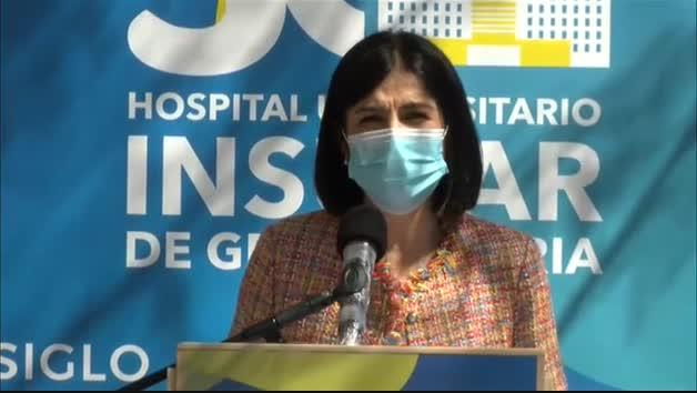 """Vídeo: Carolina Darias insiste en que """"todas las vacunas son seguras y eficaces"""""""