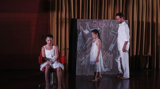 El grupo Iralei estuvo presente en la pasada edición del Festival de Teatro de Olite.