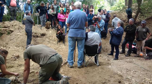 Trabajos de exhumaciones en Echálaz