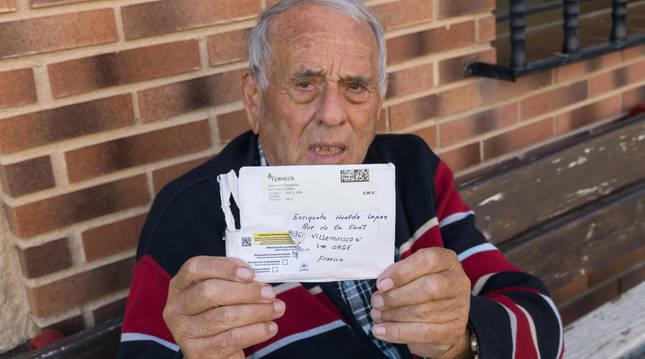 Foto de José Luis Gil Araiz muestra la carta devuelta casi 6 años más tarde.