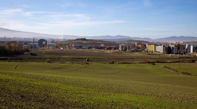 Aspecto de los terrenos de Etxebakar, en Artica (Berrioplano), frente a junto a Berriozar.