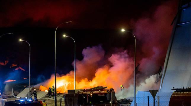 Incendio de una nave industrial en Seseña Nuevo