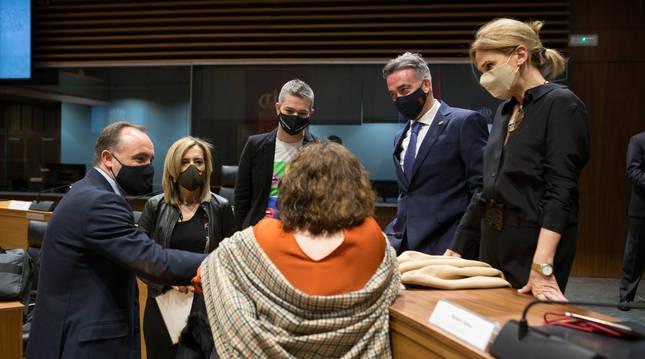 Navarra Suma defendía la moción para las ayudas al secto agroalimentario.