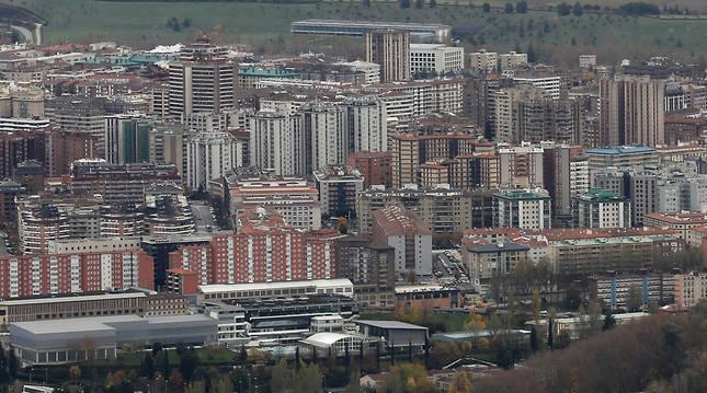 San Jorge, en primer plano, e Iturrama, al fondo, dos barrios con una importante brecha de renta.
