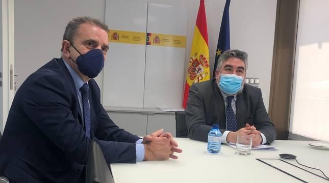 El presidente del CSD, José Manuel Franco, y el ministro de Cultura y Deporte, José Manuel Rodríguez Uribes, en la sede del ministerio en Madrid.