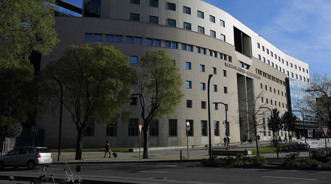 Sede del Palacio de Justicia de Pamplona, donde ayer se celebró el juicio.