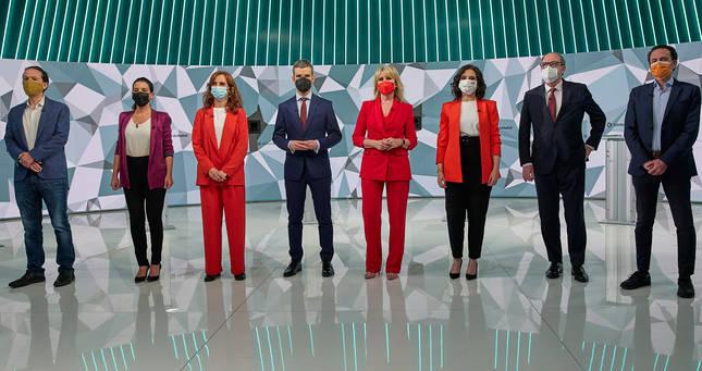 Participantes en el debate electoral en Telemadrid con los candidatos a las elecciones a la Asamblea de Madrid