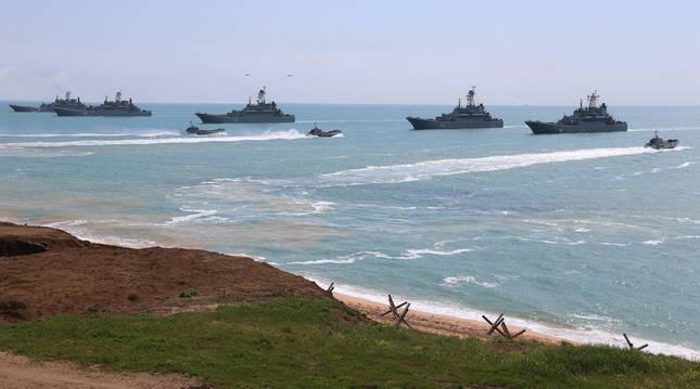 Maniobras militares del ejército ruso en Crimea.