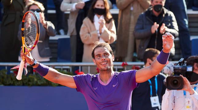 Rafa Nadal celebra la victoria sobre Norris en cuartos de final del Open Barcelona.